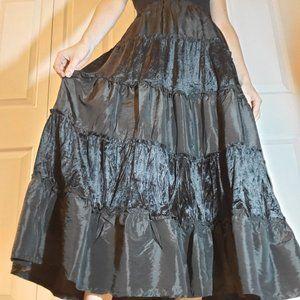 90's black tiered super flowy ruffles maxi skirt